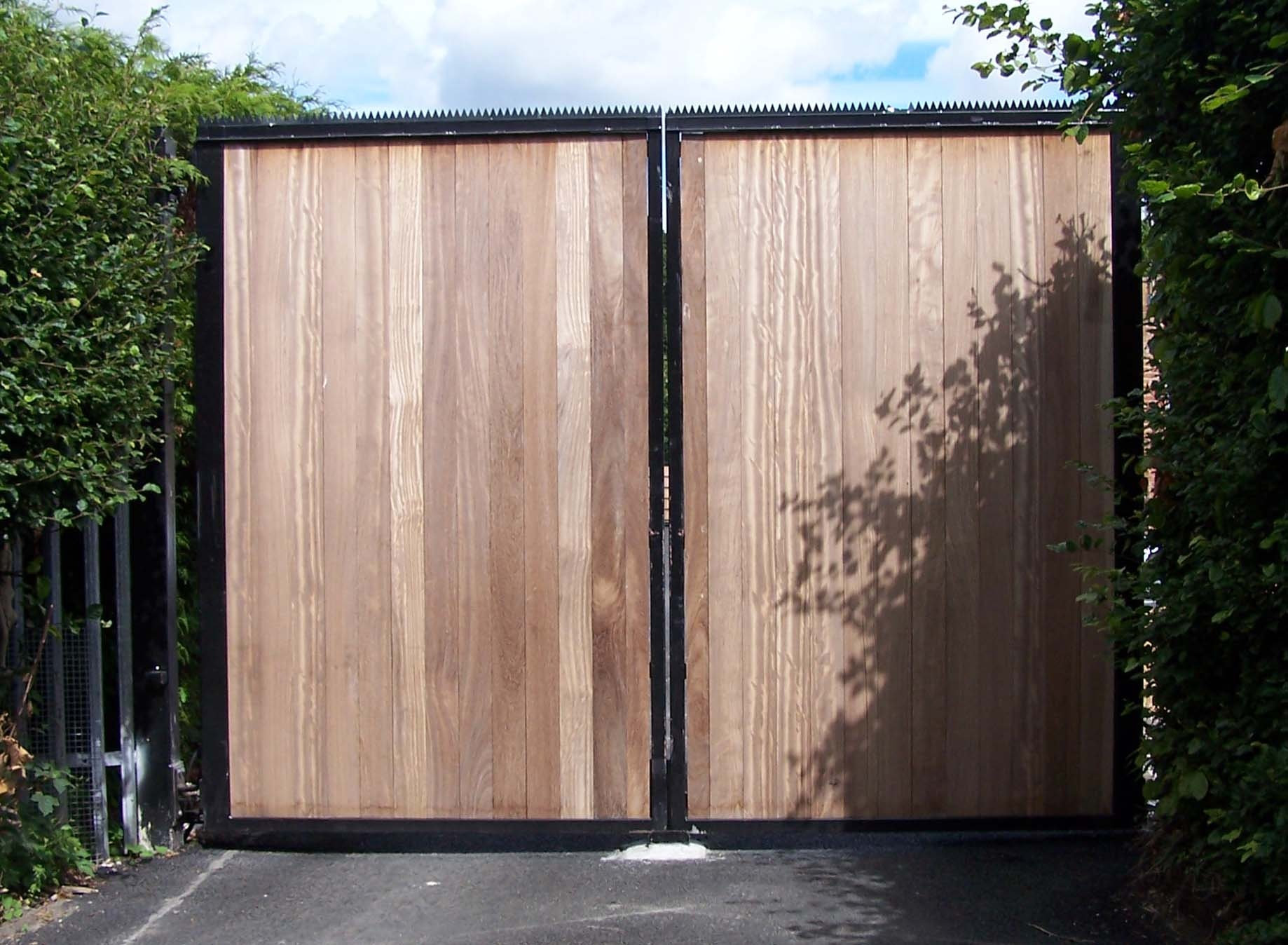Hinged/Swing Gates - Welcome to Frontier Pitts