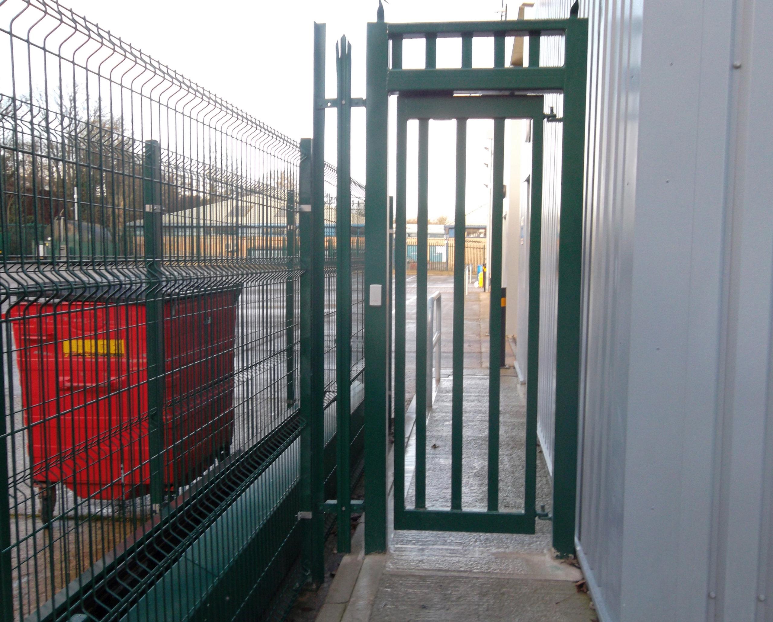 U0026 39 Wicket U0026 39  Manual Pedestrian Gate