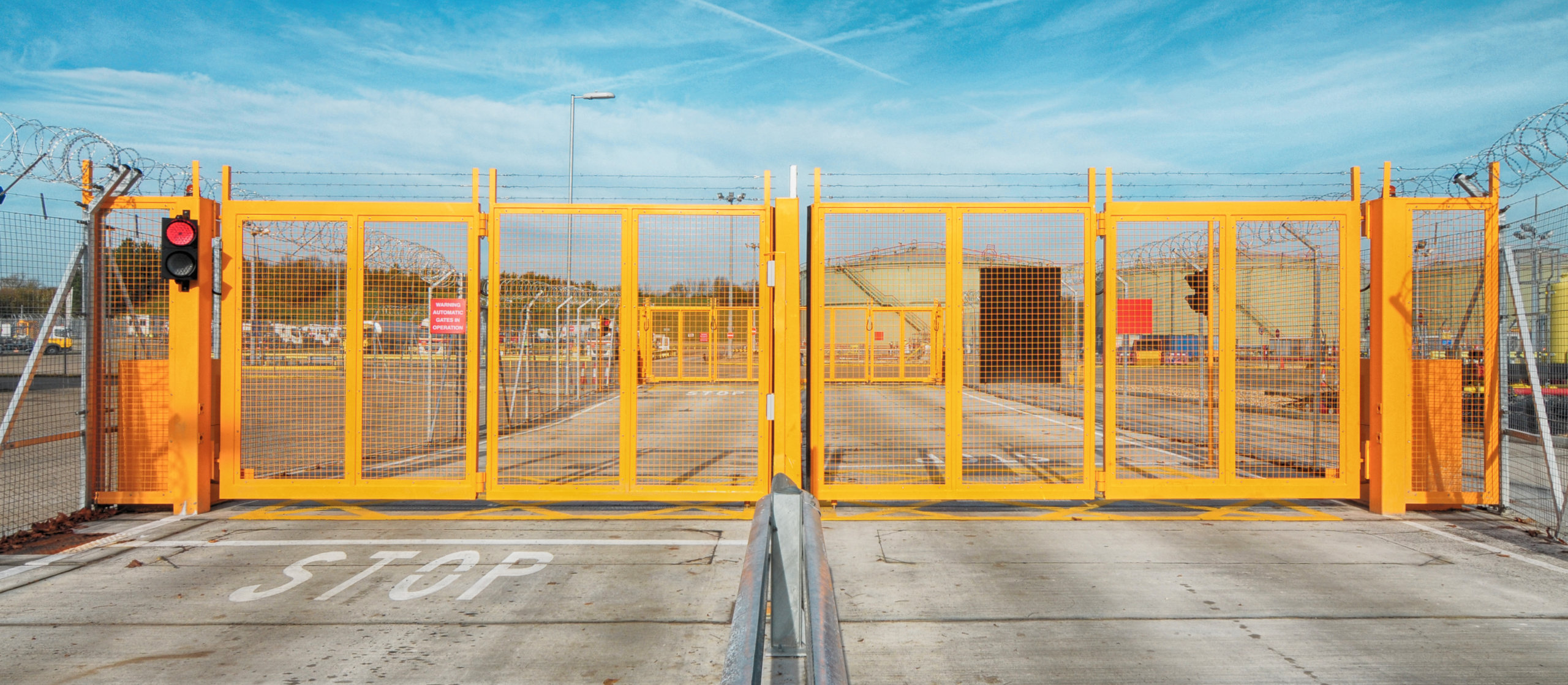Bi-folding Speed Gate